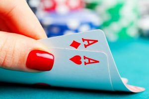 Cryptos Test New Waters - Poker Tournaments 101