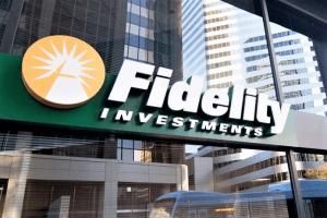 Bitcoin Shrugs as Fidelity's Crypto Custody Nears 101