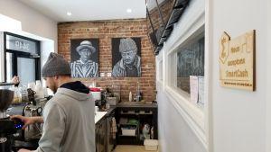 Un premier café canadien accepte SmartCash 103