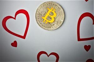 Best Crypto Valentine: Eternal Love on Bitcoin and Lightning Pizza 101