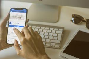 Facebook débauche deux pros de la conformité chez Coinbase 101