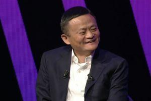 A Story of 1 Picture: How Blockchain Startup Accidentally Met Jack Ma 101
