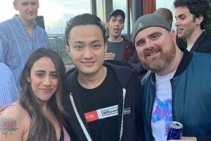 After Busy Week, Justin Sun Visits Party, Says He's Feeling Better 101