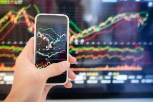 LEO performe alors que le tribunal prolonge la décision sur Bitfinex 101