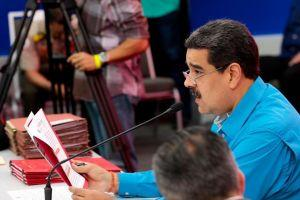 Maduro: Caracas to Hand out up to USD 3.6m in Petro Tokens 101