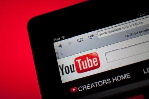 YouTube supprime des vidéos liées aux cryptomonnaies. Joyeux Noël! 101