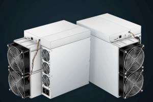 Miner acquista 1.000 nuovi antminer in preparazione all'halving di bitcoin 101