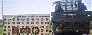 Des soldats vénézuéliens arrêtent un camion rempli de rigs de minage 101