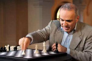 Kasparov's Move: Bitcoin Protects From State Interference 101