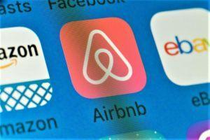 Airbnb s'intéresse aux cryptomonnaies et à la blockchain (et autres nouvelles) 101
