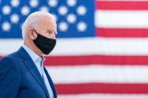Influential Historian Urges Joe Biden to Bring Bitcoin Into Financial System 101