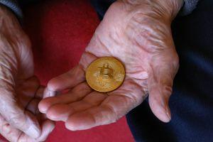 Pension Fund's Exposure to Bitcoin, USD 600,000 per BTC + More News 101