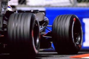 Des millions de fans de F1 vont découvrir Crypto.com grâce au partenariat avec Aston Martin 101