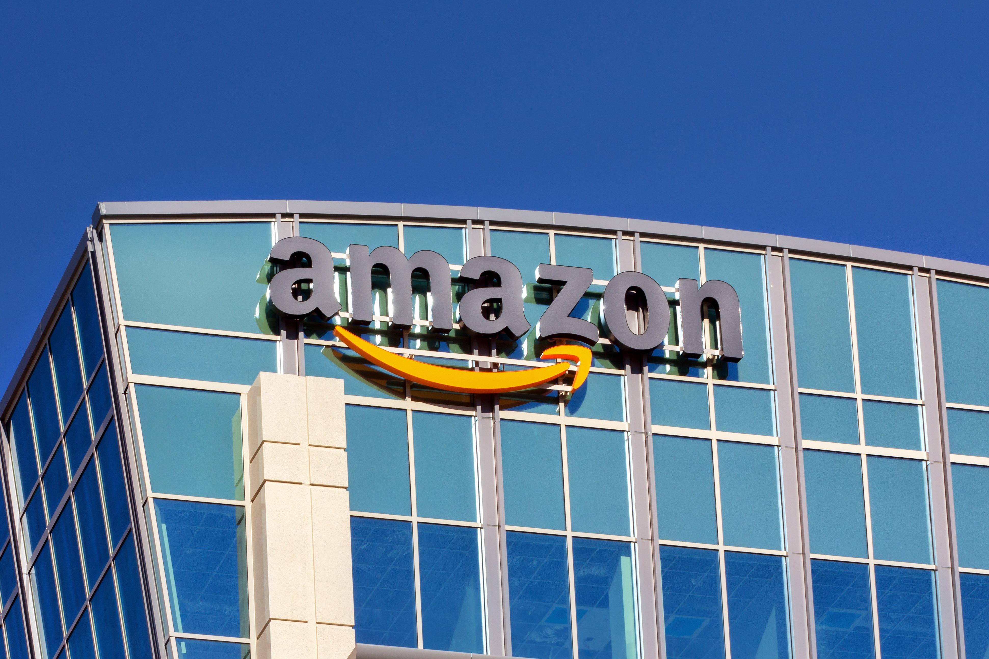 L'intérêt d'Amazon pour le monde des cryptomonnaies et de la blockchain semble se confirmer avec cette nouvelle offre d'emploi pour un responsable monnaie numérique.