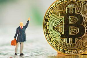 Crypto-Keen Chinese Giant-Owned 200 YO Bank Lures BTC-Hungry Rich Investors