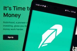 Robinhood Picks the Rich Side as Crypto Enters Its 'Netscape Moment'