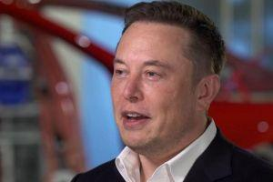 Engineer Elon Musk Says Bitcoin 'Is Less Dumb' Than Cash