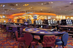 Harrah's New Orleans Casino Requires Vaccination Card, On-Line Gambling Surges