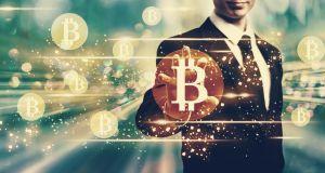 who accepts bitcoin